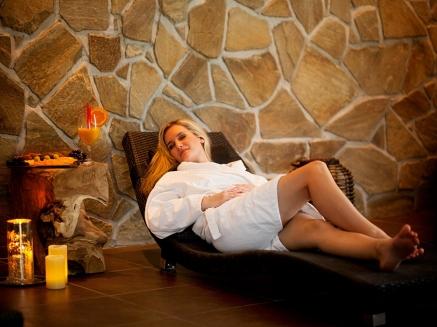 Nechte se hýčkat ve wellness centru a přespěte v malebném čtyřhvězdičkovém hotelu