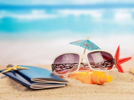 Na dovolenou bez stylových brýlí? Ani náhodou!