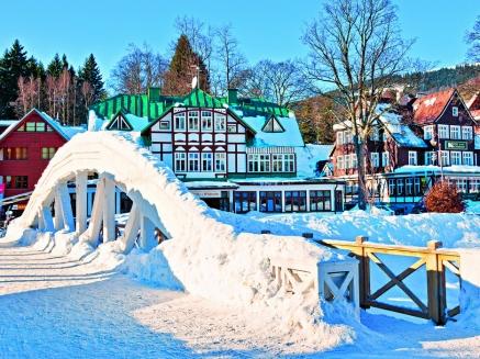 Kam na zimní dovolenou? Špindlerův mlýn nabízí sport i relaxaci